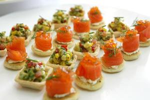 Новогодний стол: рецепты вкусных закусок